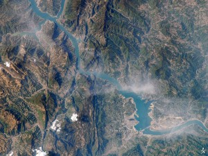 Three Gorges Dam, China. Image: Earth Observatory. Click on the Yangtze River to be taken to a NASA history of the image and dam.