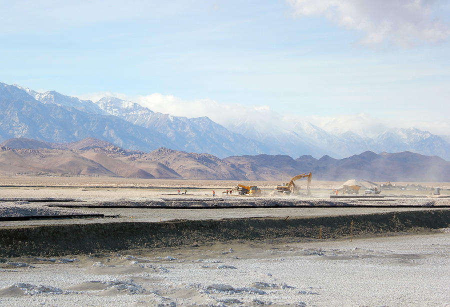 DWP_gravel spreading in Owens Valley. Photo: Emily Green