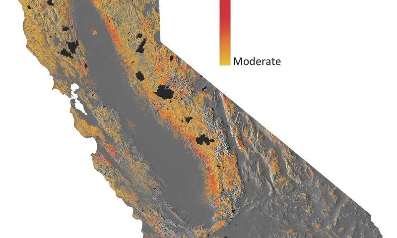 Canopy water loss in California's forests in graphic by Carnegie Airborne Observatory researcher Greg Asner. Click on the image to be taken to a Phys.Org account of the research described in the