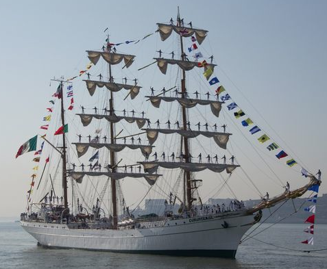 Mexican Navy sails into Cartagena, sailors poised throughout the rigging. Source: Bernard, Ships of Sail, Mexicanosenespana.blogspot.com