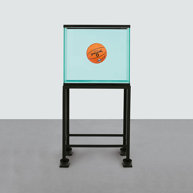 jeff-koons-one-ball-total-equilibrium-tank-spalding-dr-j-silver-series-737
